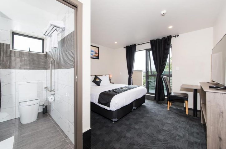 Auckland Accommodation – Harbourside to Airport terminal
